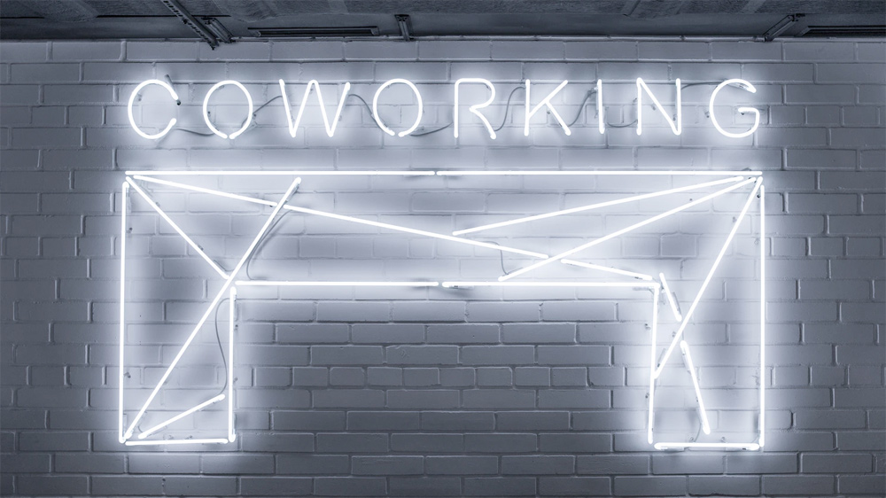 Coworking: decide tu outfit laboral